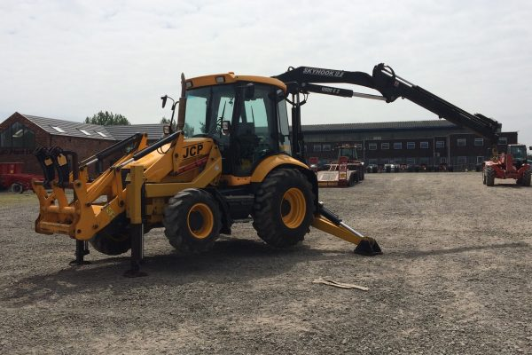 Skyhook 12.0 Tractor Mounted Crane Hire