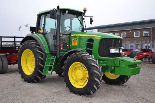 John Deere Site Tractor